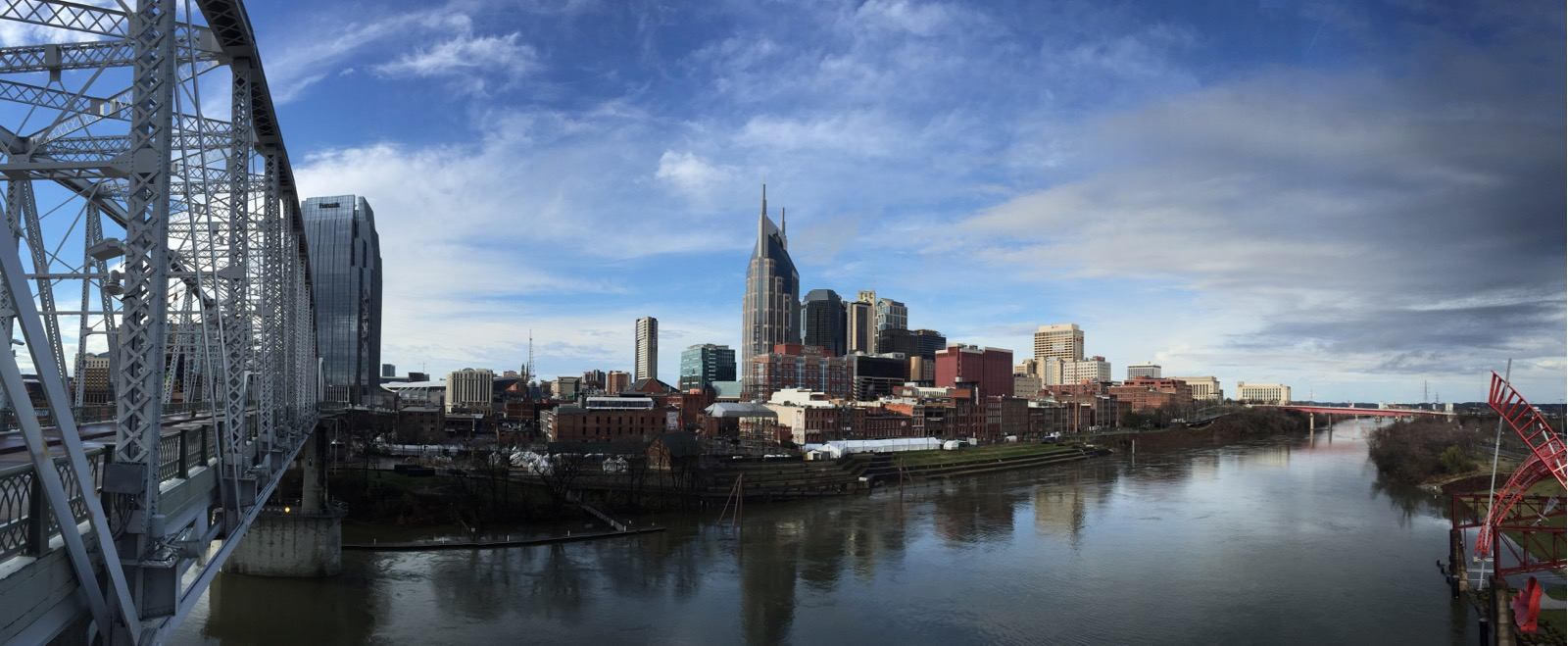 Nashville downtown from bridge